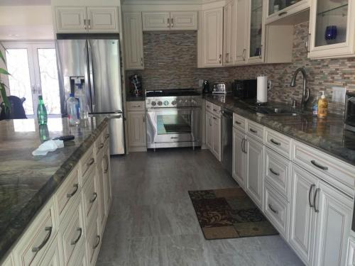 Full kitchen remodeling Newport Beach